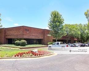 Powers Ferry Business Park - Buildings 100 & 200