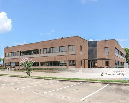 10998 South Wilcrest Drive - Houston