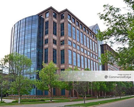1600 Tower at West End - St. Louis Park