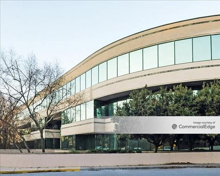 The Roswell North Building - Sandy Springs
