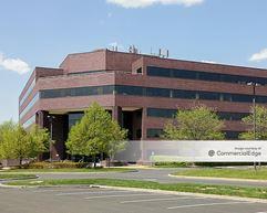 Glenview Corporate Center - 3220 Tillman Drive - Bensalem