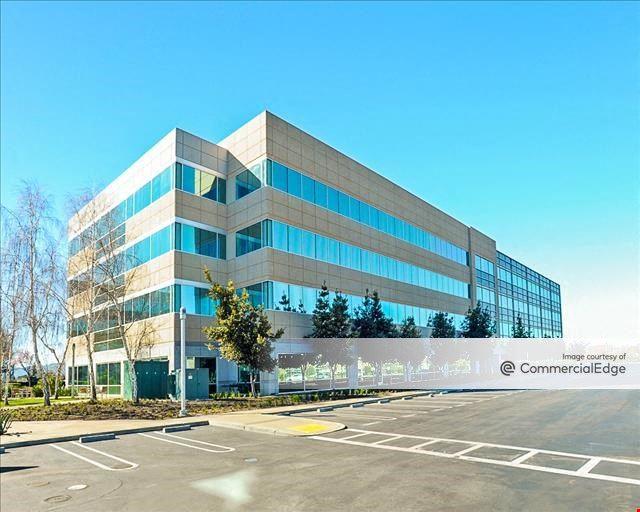 Dublin Corporate Center - 4160 Dublin Blvd