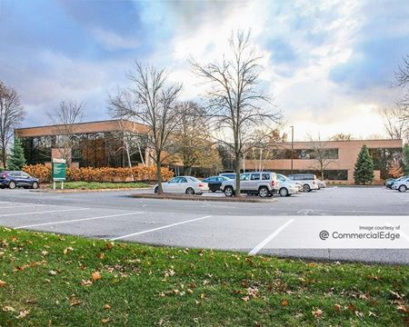 Great Oaks Office Park - 300 Great Oaks Blvd - Albany