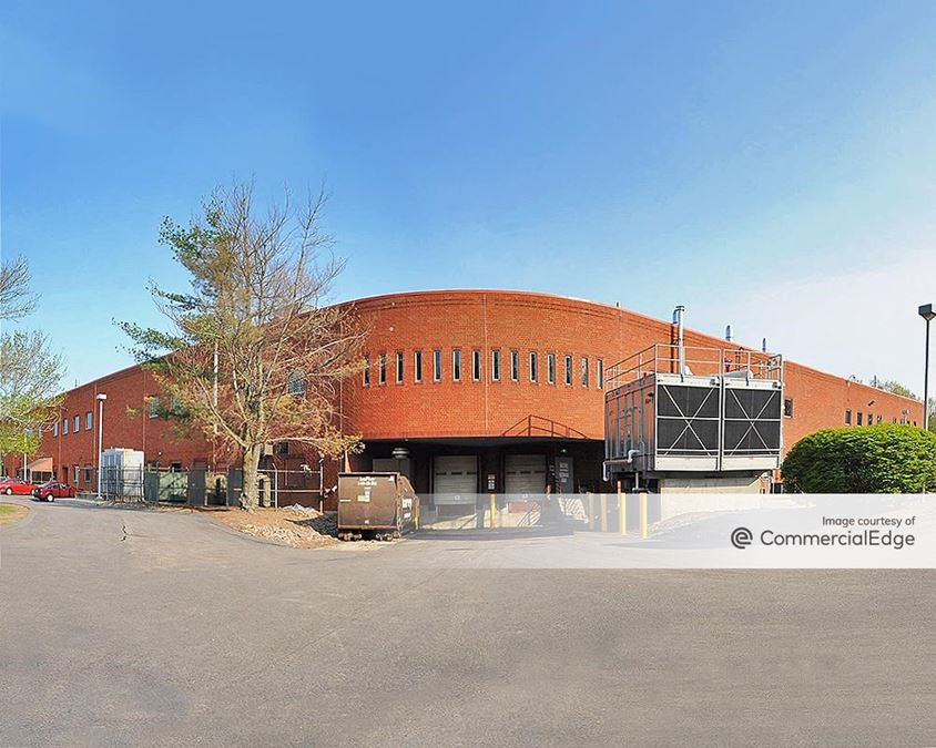 Brookside Office Park - 2 Edgewater Drive