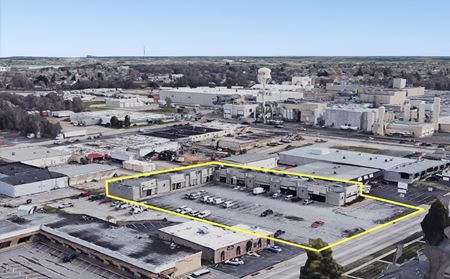 1,070 SF Retail / Office For Lease near Bennett and Glenstone - Springfield