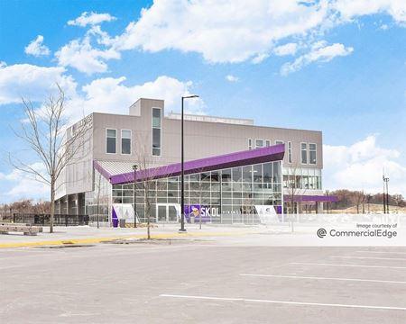 Viking Lakes - Sports Medicine Center - Eagan