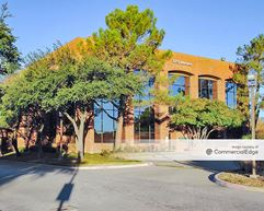 Walnut Abrams Plaza - Building II - Richardson