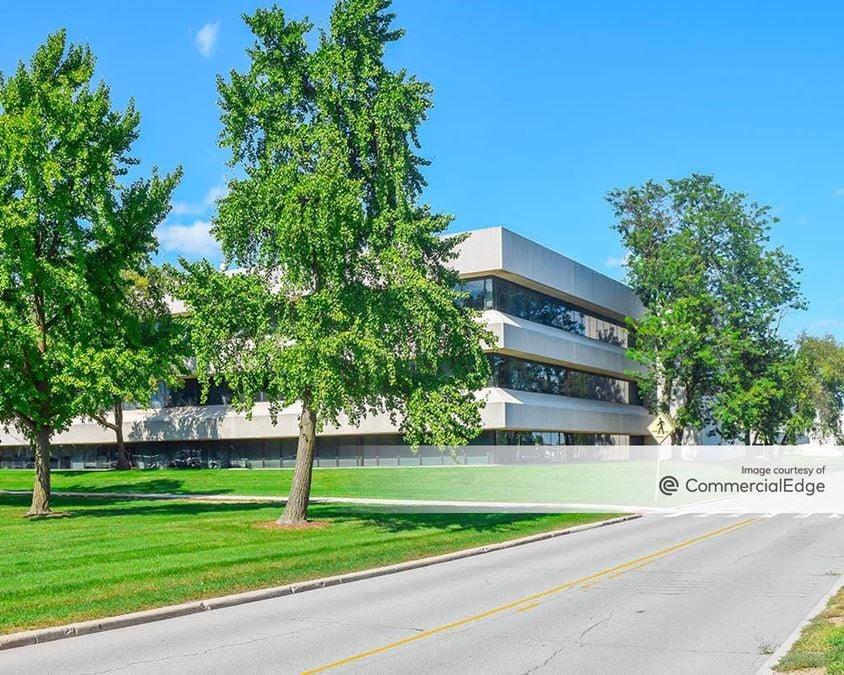 GM Tech Center - 7015 Edward Cole Blvd & 30745, 31057 & 31225 Louis Chevrolet Road