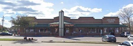 815 MAYFIELD RD - Grand Prairie