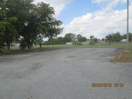 30010 Old Dixie Hy - Homestead