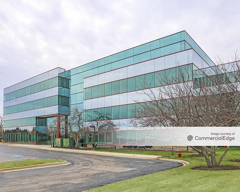 Lincolnshire Corporate Center - 111 Barclay Blvd