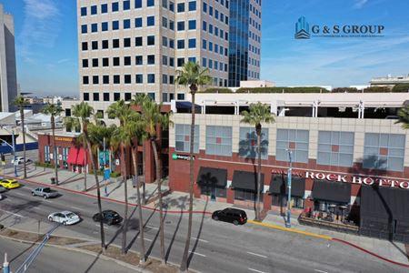 Landmark Square - Long Beach