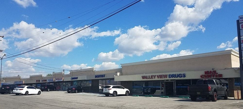 La Mirada Retail Shopping Center