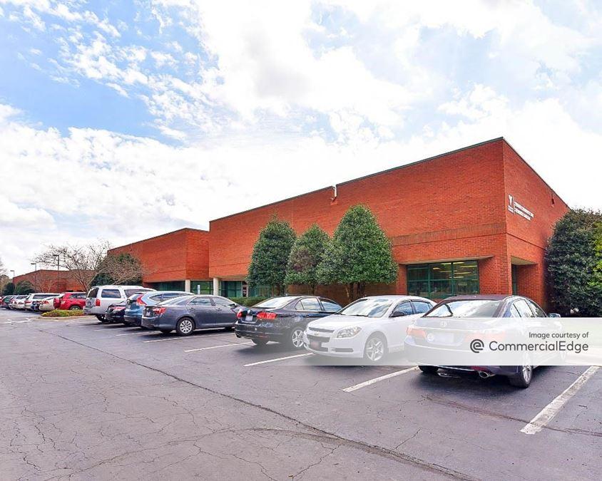 Triangle Business Center - Building 3