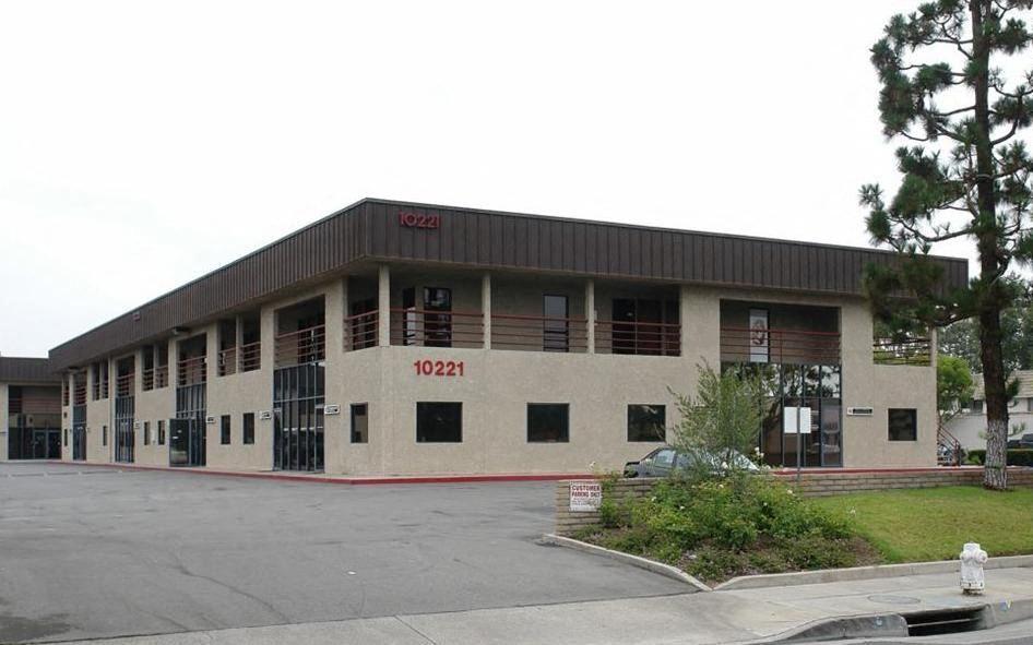 10221-10231 Slater Avenue