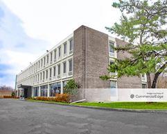 Executive Plaza - Fort Washington