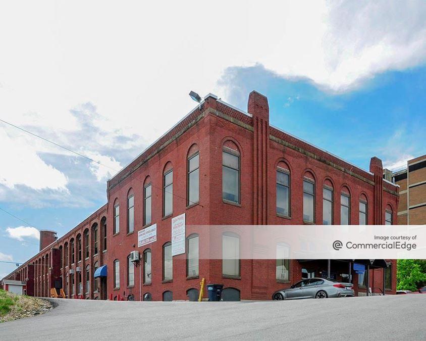 Cardinal Shoe Building