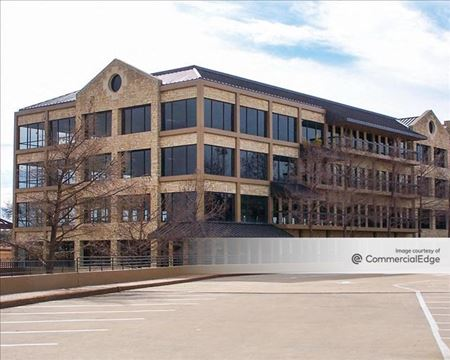 Riverside Commons Building 3 - Irving