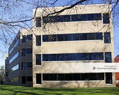 Prosperity at Merrifield - 2700 & 2701 Prosperity Avenue - Fairfax