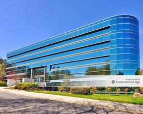 Carolina Corporate Centre