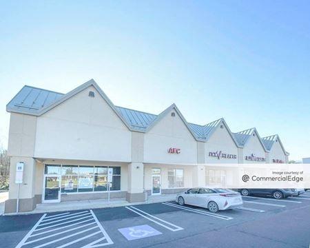 Five Points Plaza - Montgomeryville