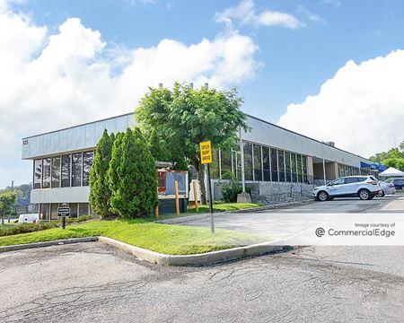 Cross Westchester Executive Park - 525 Executive Blvd - Elmsford