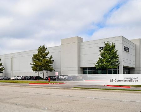 Prologis Freeport Corporate Center - 925 Freeport Pkwy - Coppell