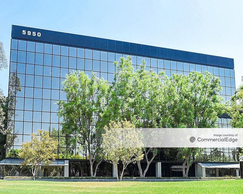 Warner Center Business Park - 5950 Canoga Avenue