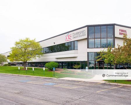 Hamilton Lakes Commerce Center - 1253-1279 & 1285 Hamilton Pkwy - Itasca