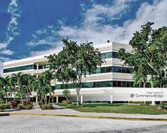 Venture Corporate Center II - Hollywood