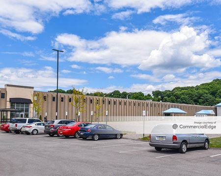 2250 Roswell Drive - Pittsburgh