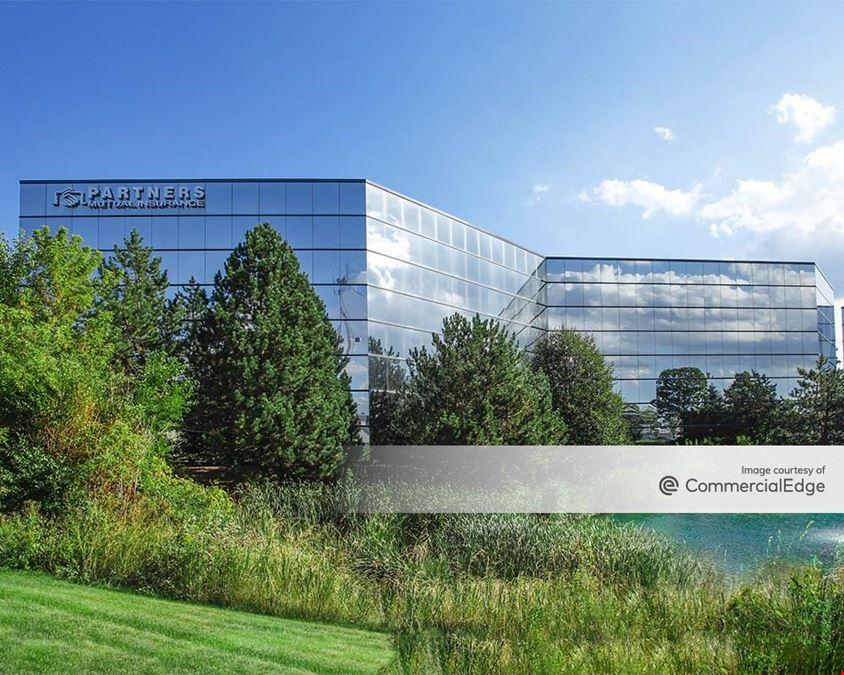 Crossroads Corporate Center - 20935 Swenson Drive
