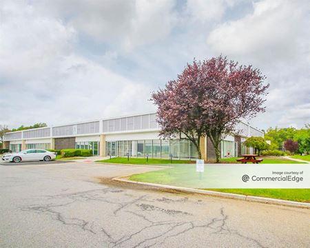 Cross Westchester Executive Park - 1, 3 & 5 Westchester Plaza - Elmsford