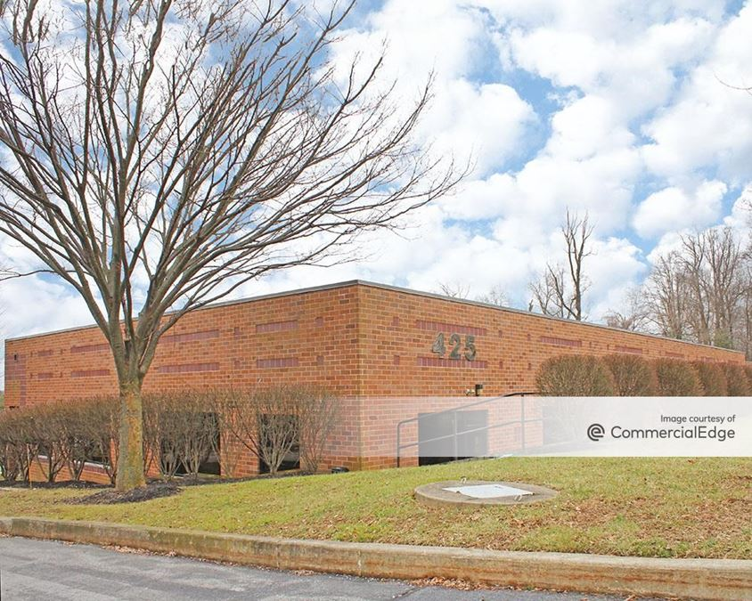 Longwood Corporate Center South - 425 McFarlan Road