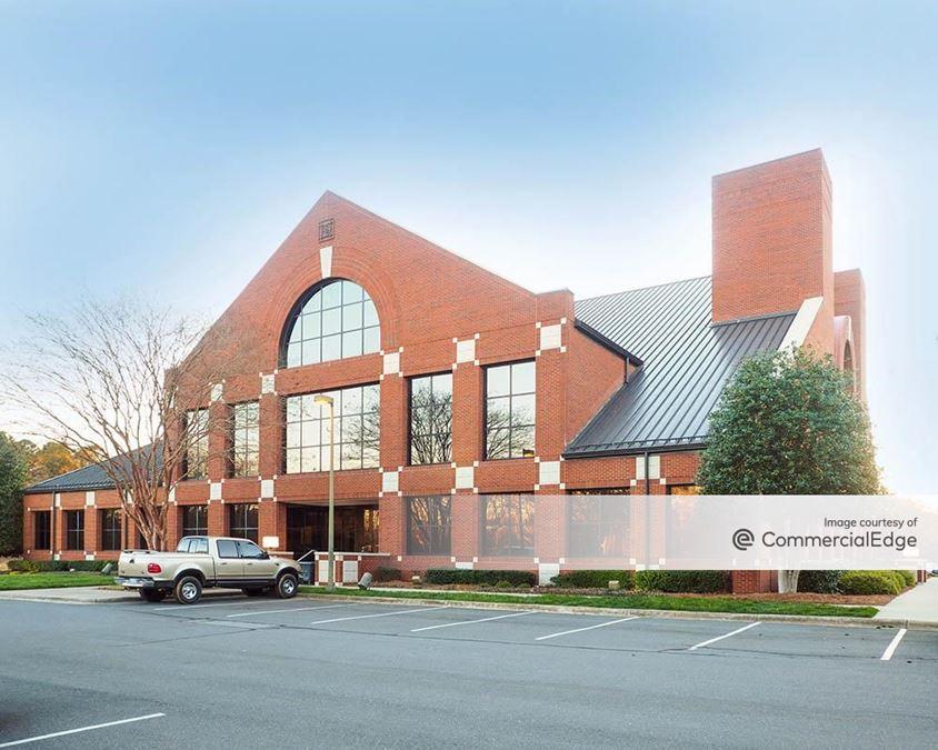 Park Huntersville - The Kemp Building