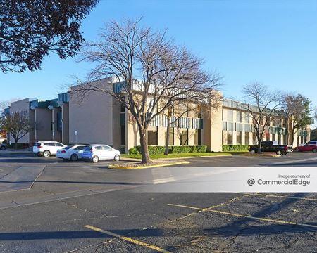 Olsen Park Office Complex - Amarillo