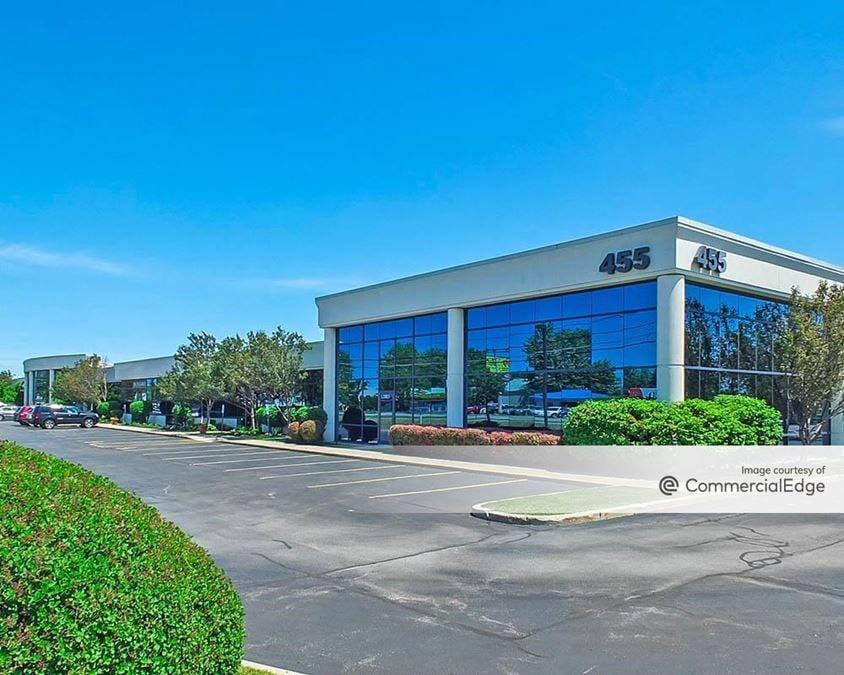 Airport Commerce Park - 455 Cayuga Road