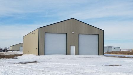 5K Sq Ft Shop and Custom Home on 5 Acres - Dore