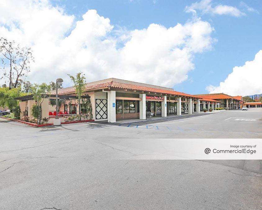 Conejo Valley Plaza - 1330 North Moorpark Road