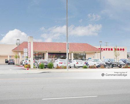 Stater Bros. Plaza - Chino