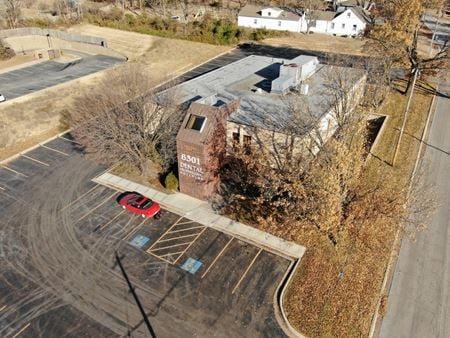 6301 Professional Building - Gladstone