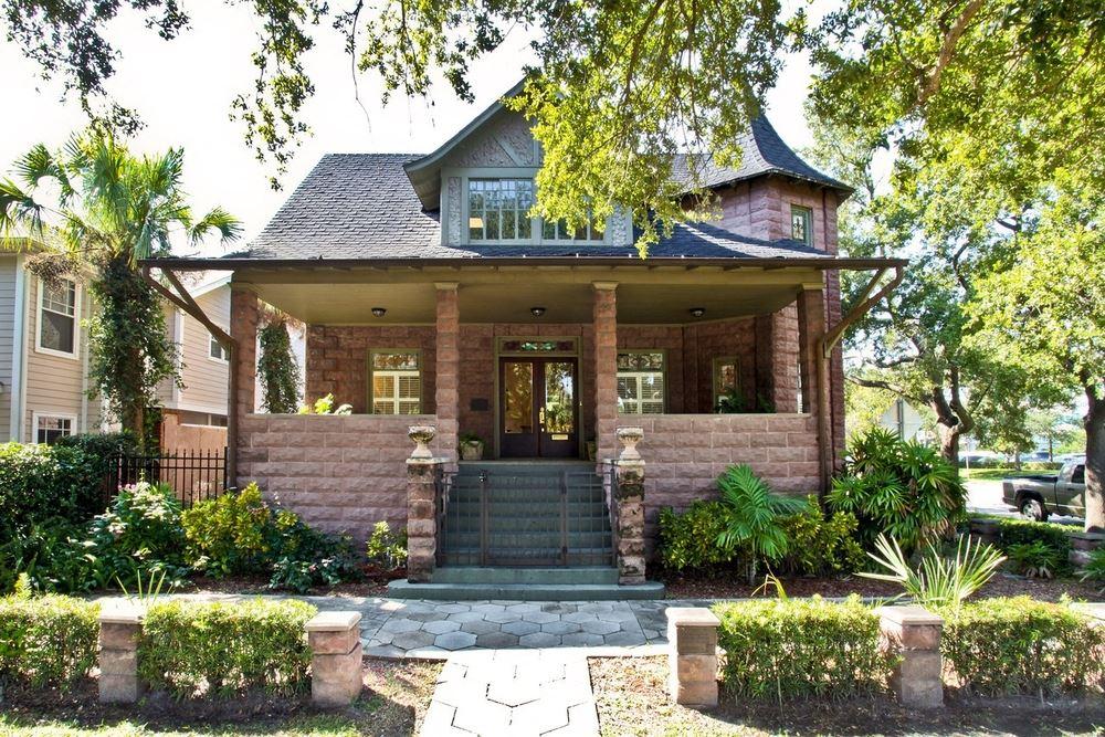 Veilard House