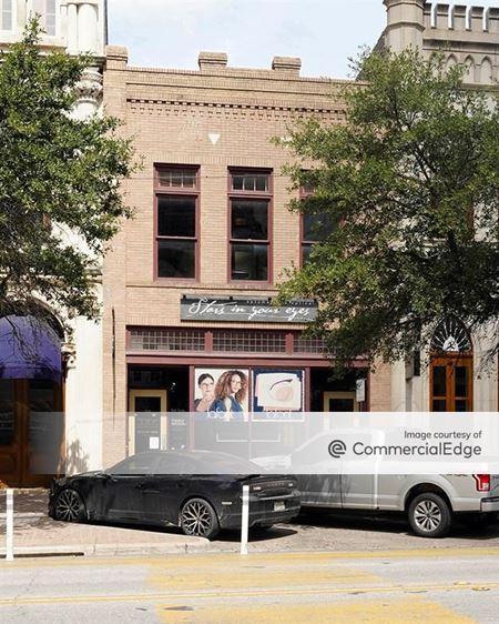 714 Congress Avenue - Austin