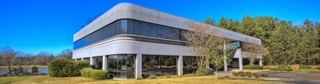 Class A Office Building | Twin Lakes Office Park on the Lake - Jackson