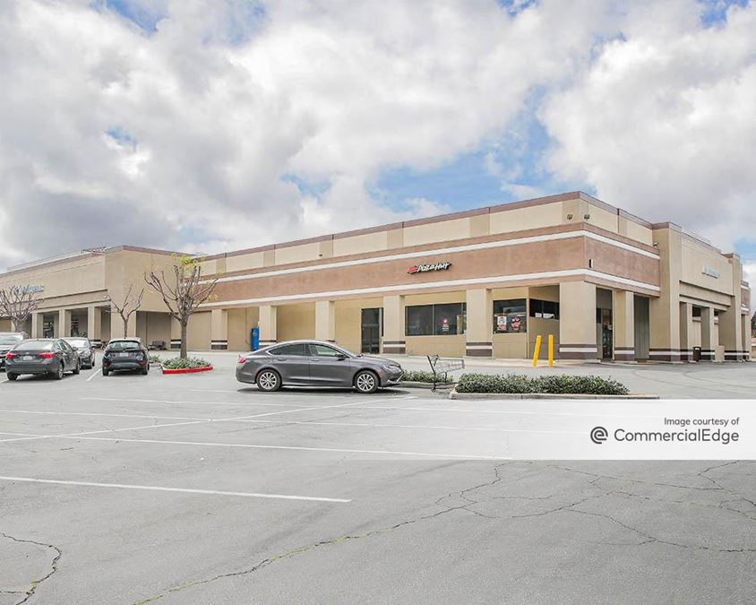 Citrus Village Shopping Center - Albertsons