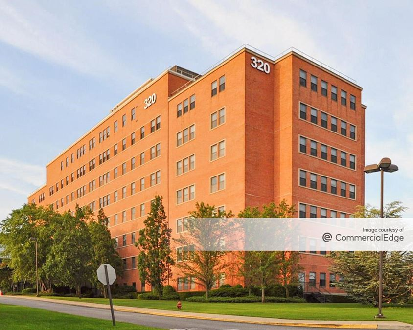Courthouse Corporate Center