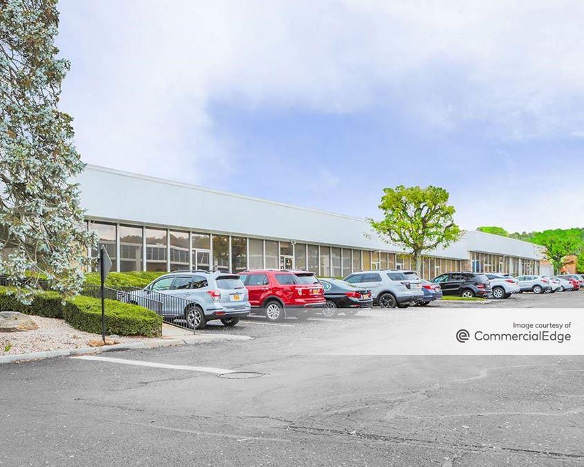 Cross Westchester Executive Park - 8 Westchester Plaza & 101 Executive Blvd