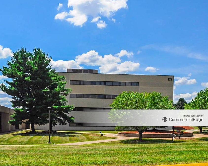 Addison Corporate Center