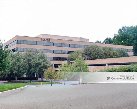 20 Corporate Center - Columbia