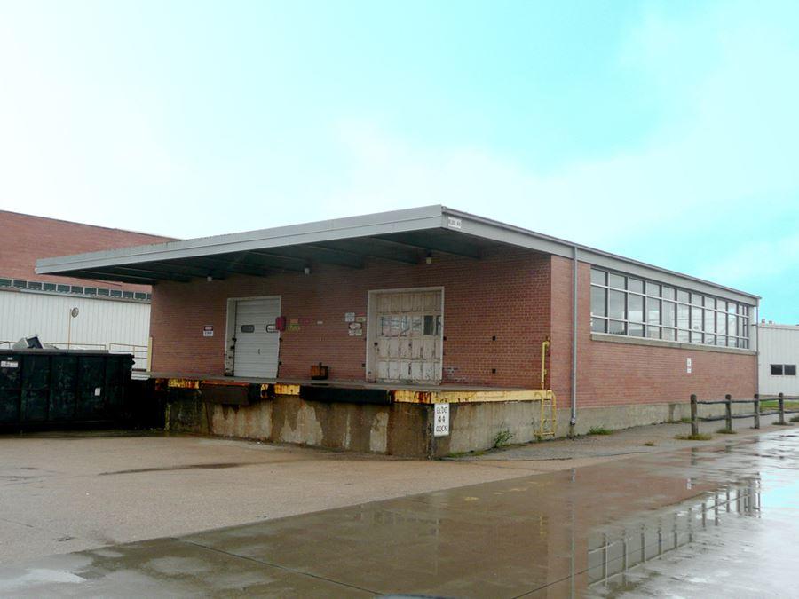 Omaha Works Industrial - Building 44